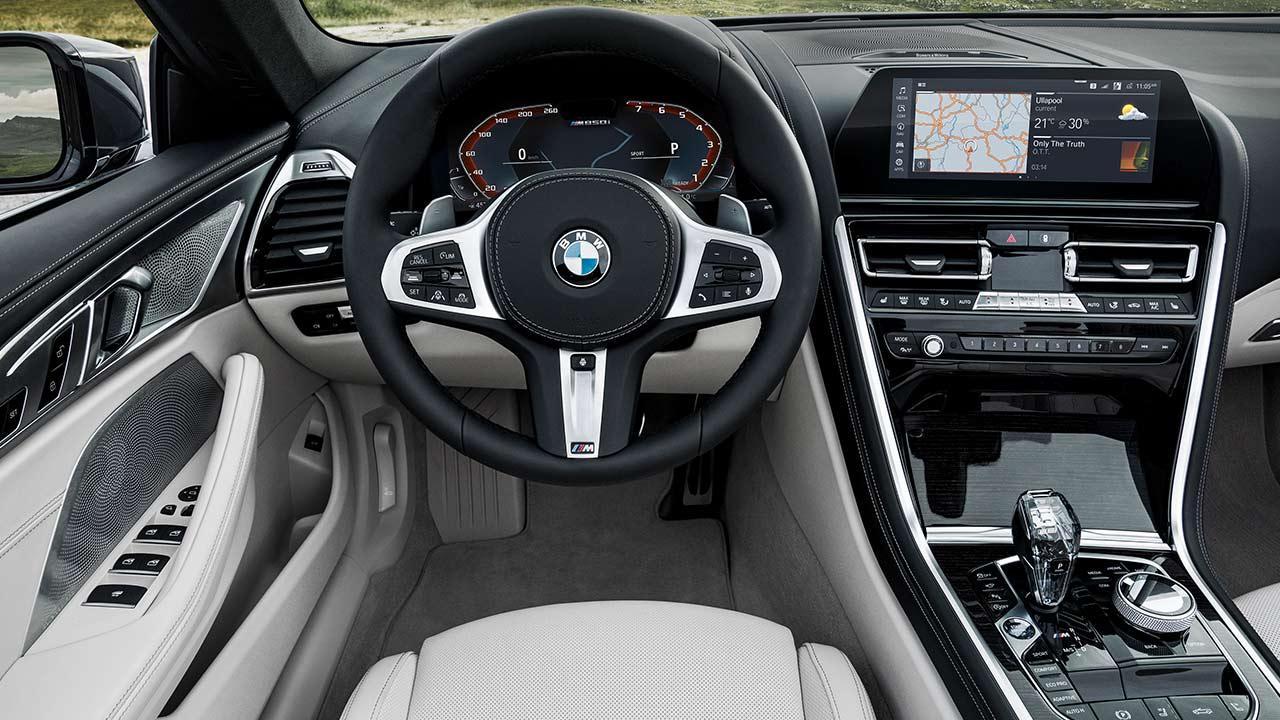 BMW 8er Cabriolet - Cockpit