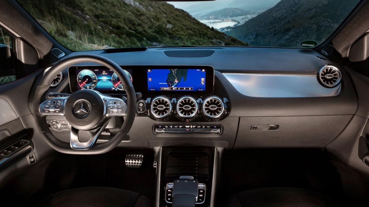 Mercedes-Benz B-Klasse - Cockpit