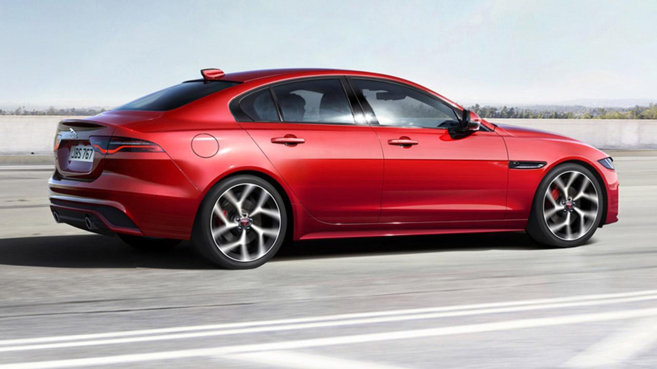 Jaguar XE - Seitenansicht