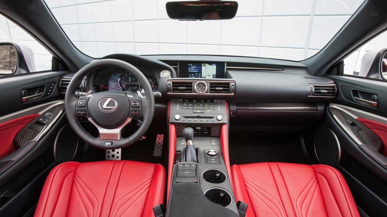 Lexus RC F - Cockpit