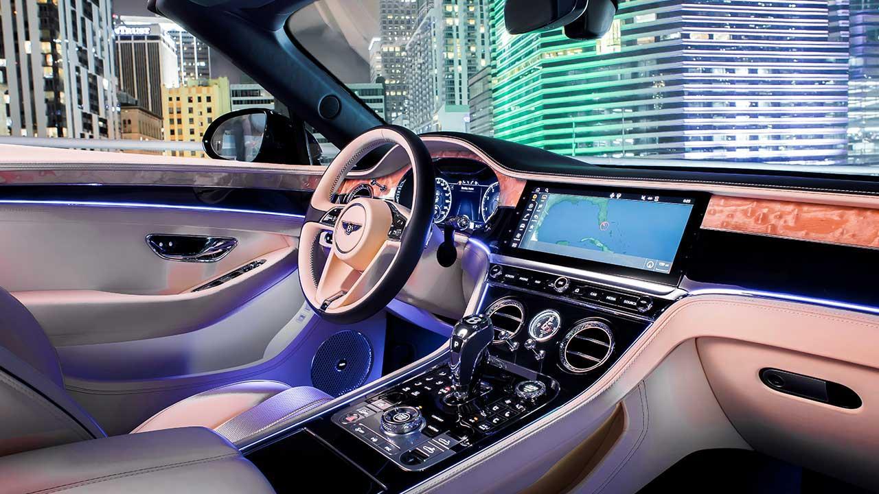 Bentley NEW Continental GT V8 Convertible - Cockpit
