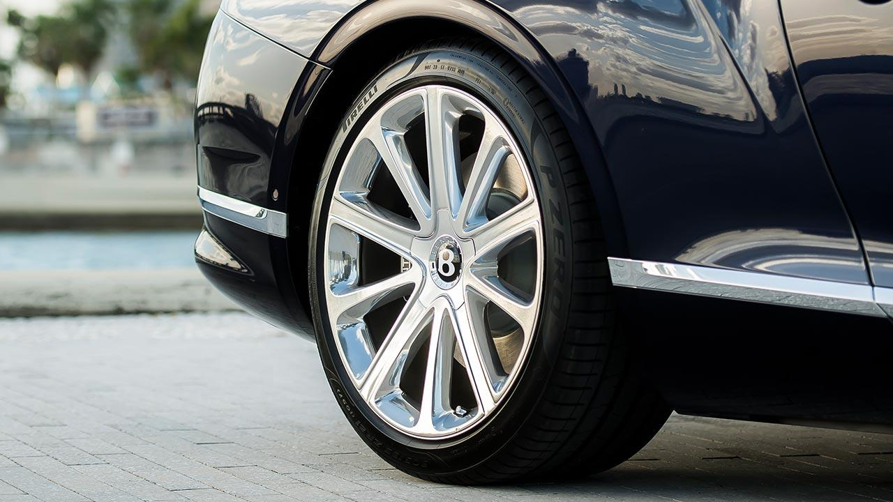 Bentley NEW Continental GT V8 Convertible - Reifen