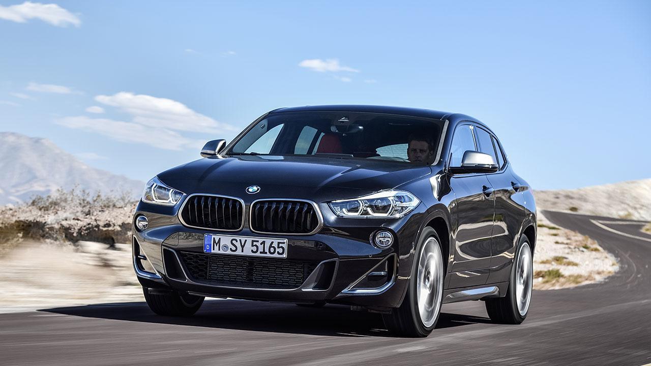 BMW X2 M35i - in voller Fahrt