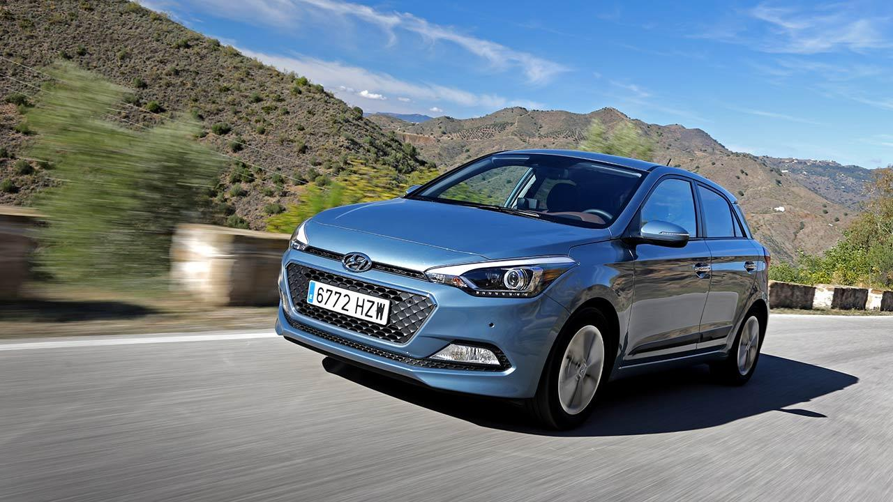 Hyundai i10 - in voller Fahrt