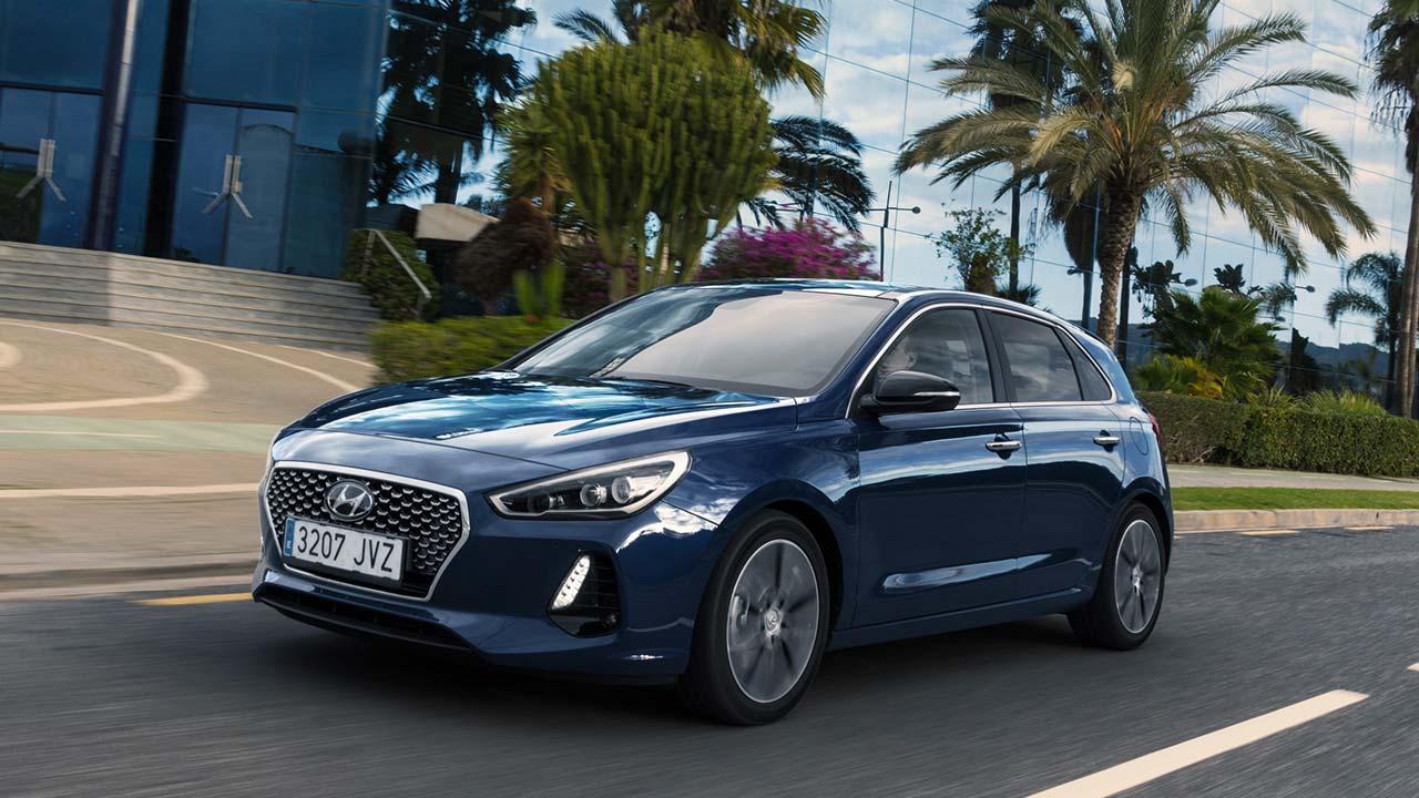 Hyundai i20 - unter Palmen