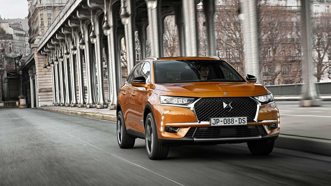 DS Automobiles DS 7 Crossback - in der City