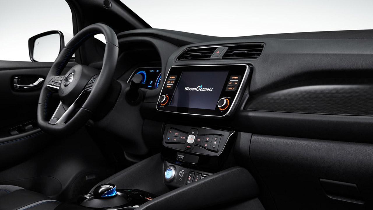 Nissan Leaf - Cockpit