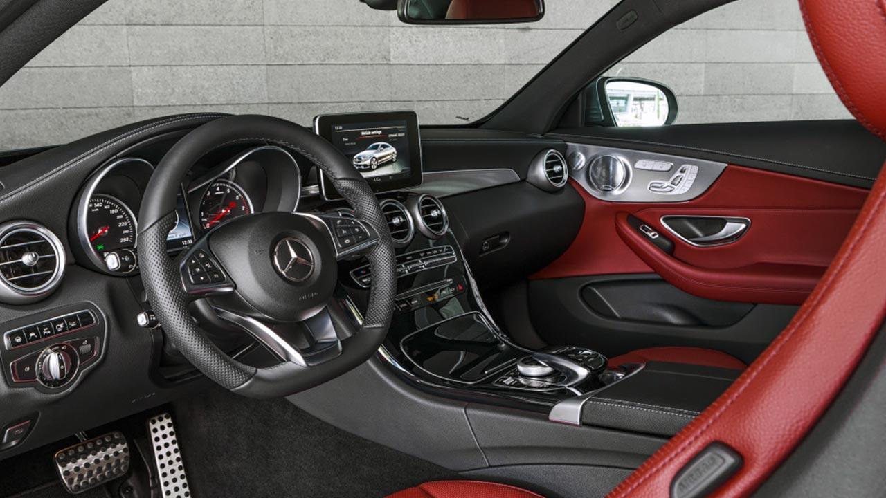 Mercedes-Benz C-Klasse Coupé - Cockpit