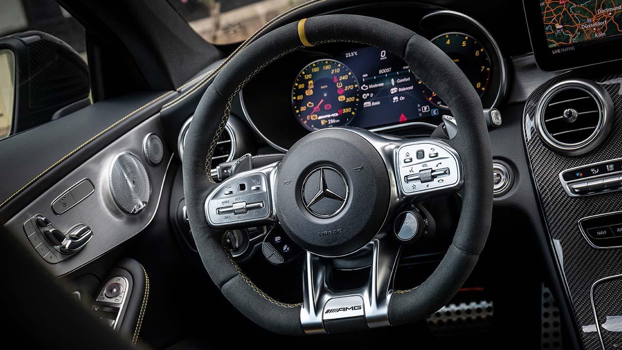 Mercedes-AMG C 63 S Coupé - Cockpit