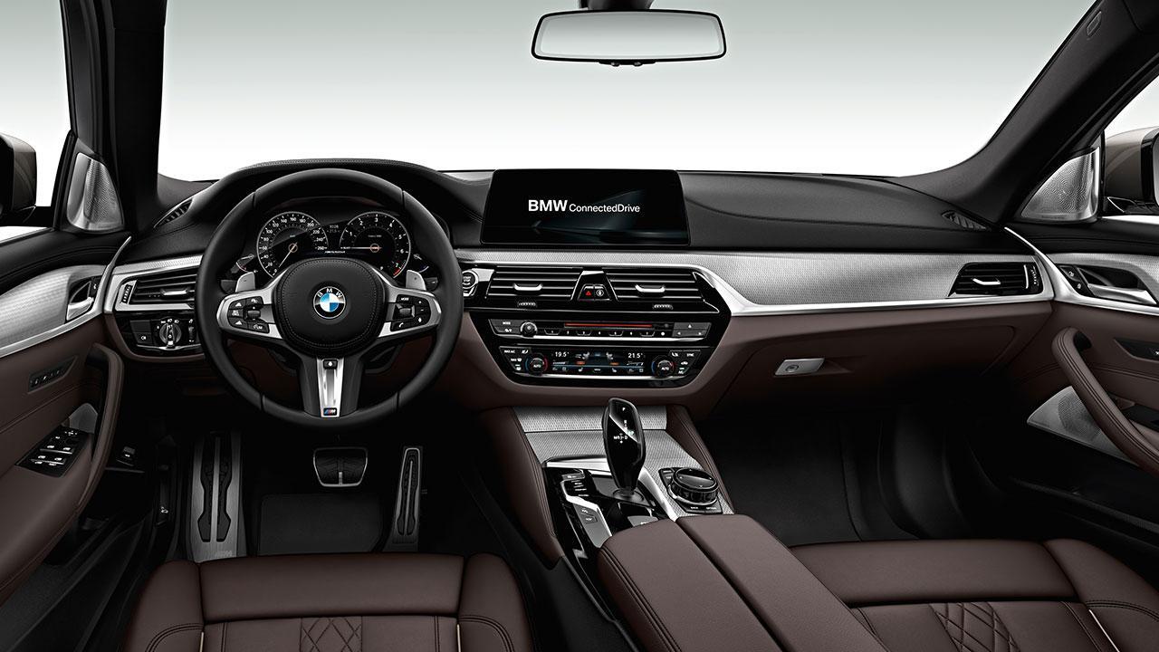 BMW M550d xDrive Limousine - Cockpit