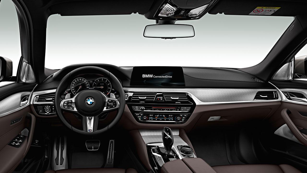 BMW M550d xDrive Touring - Cockpit