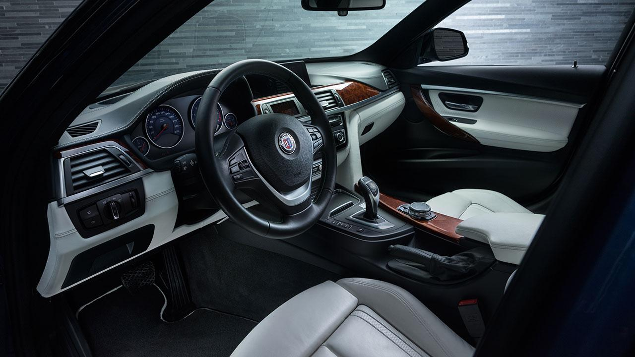 Alpina D3 Biturbo Touring - Cockpit
