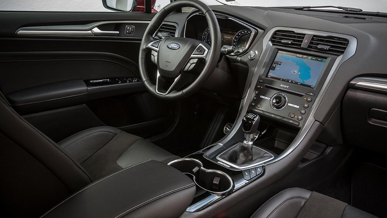 Ford Mondeo Turnier - Cockpit