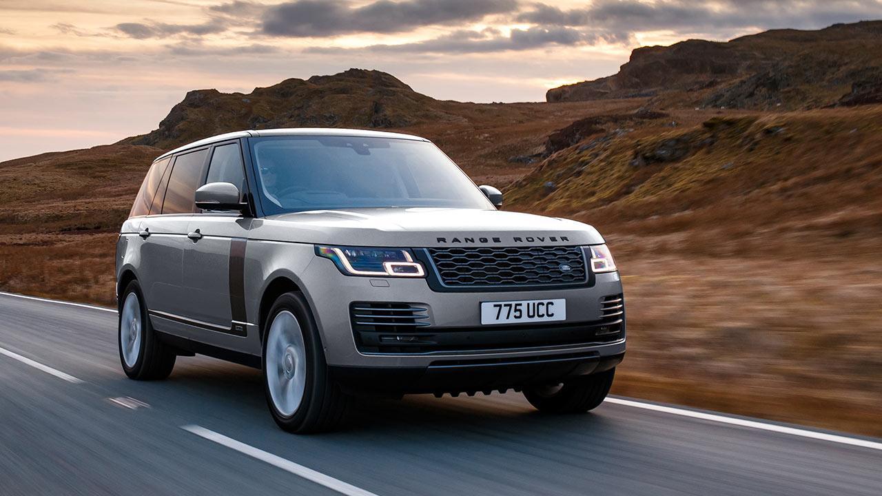 Range Rover - in voller Fahrt durch die Wüste