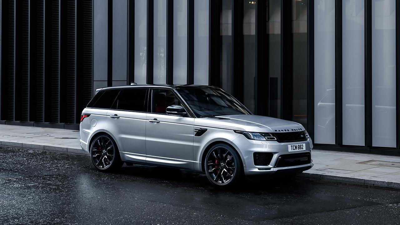 Range Rover Sport - Seitenansicht in der Stadt