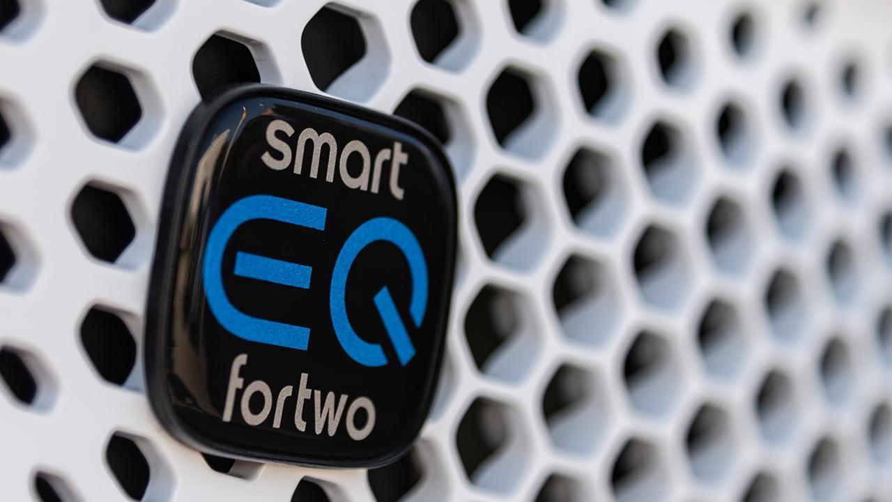 Smart EQ fortwo - Schriftzug