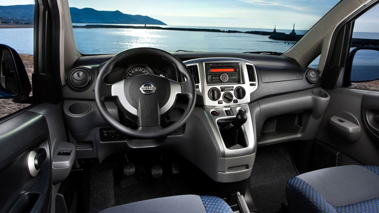 Nissan Evalia - Cockpit
