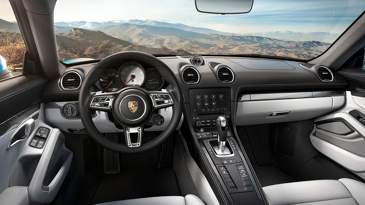 Porsche 718 Cayman S - Cockpit