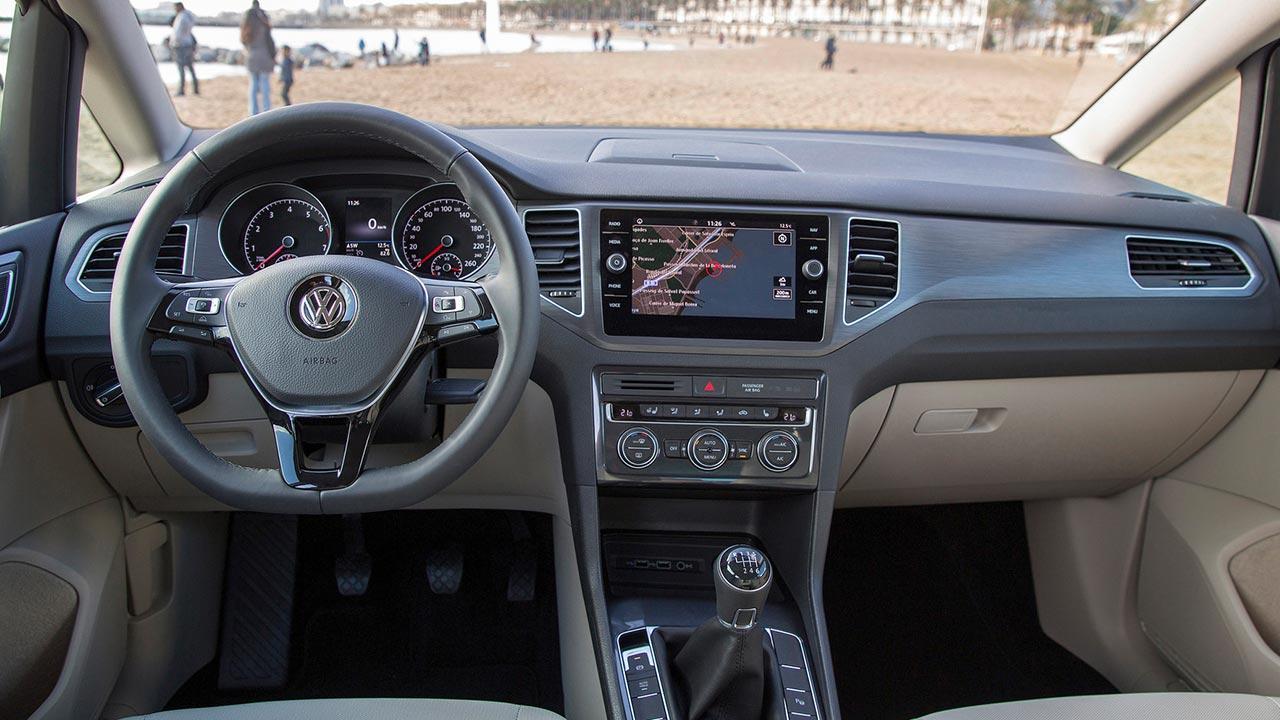 Volkswagen Golf Sportsvan - Cockpit