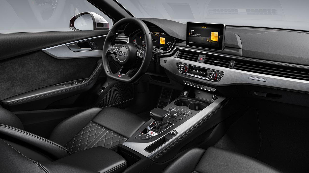 Audi S4 Limousine - Cockpit
