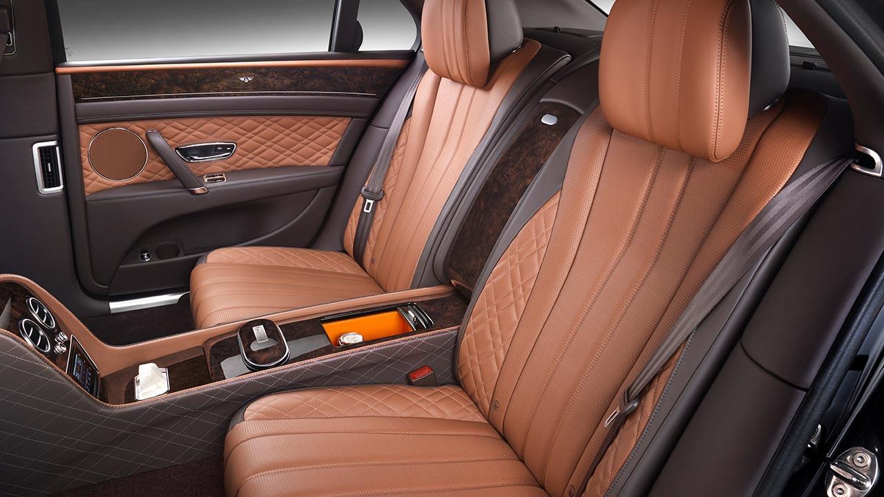 Bentley Flying Spur W12 - Vordersitze