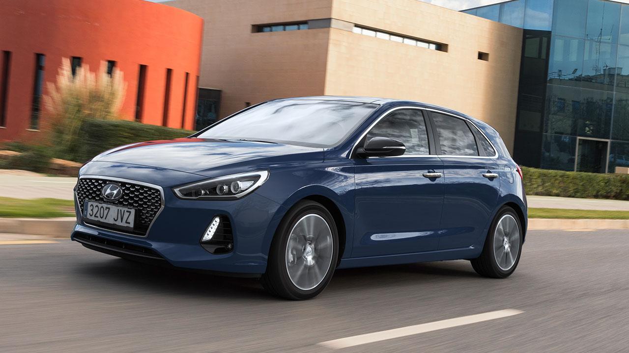 Hyundai i30 - in voller Fahrt