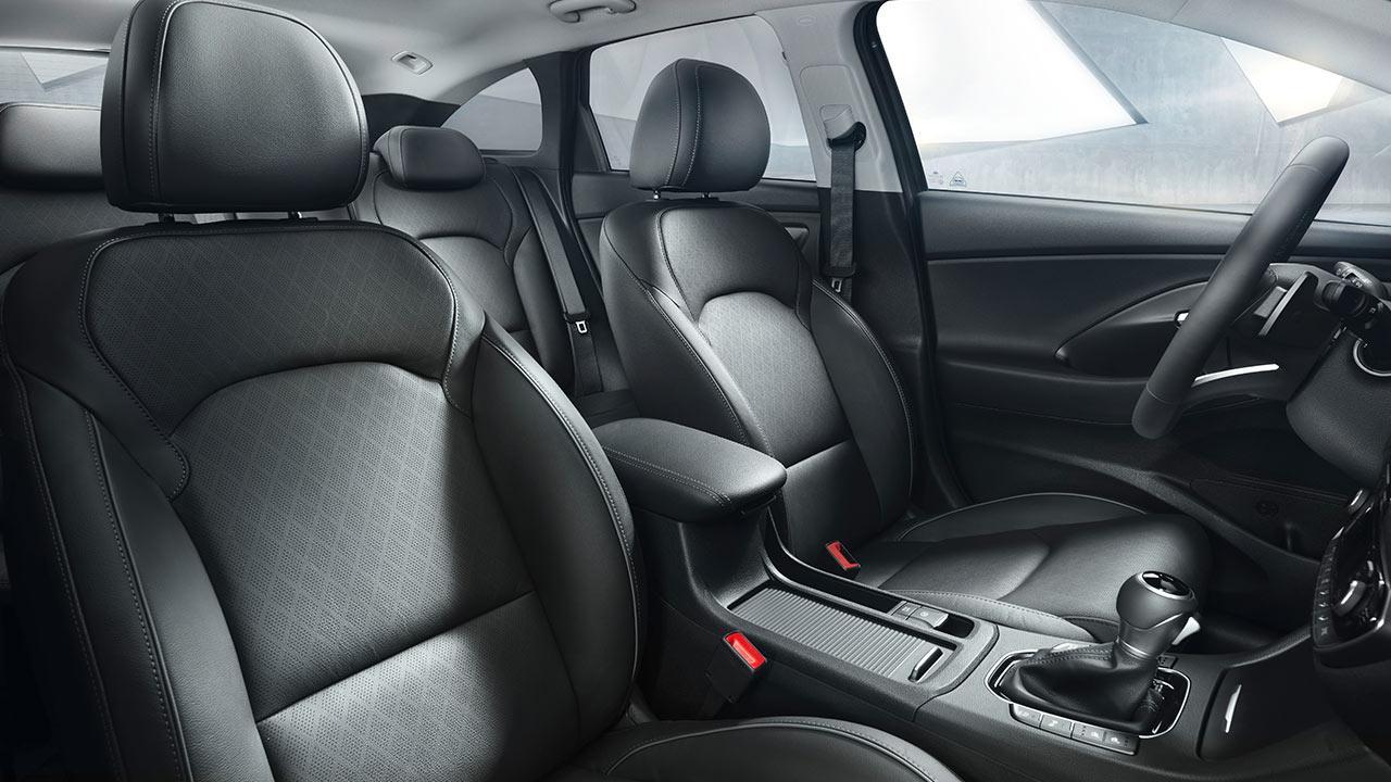 Hyundai i30 Kombi - Frontsitze