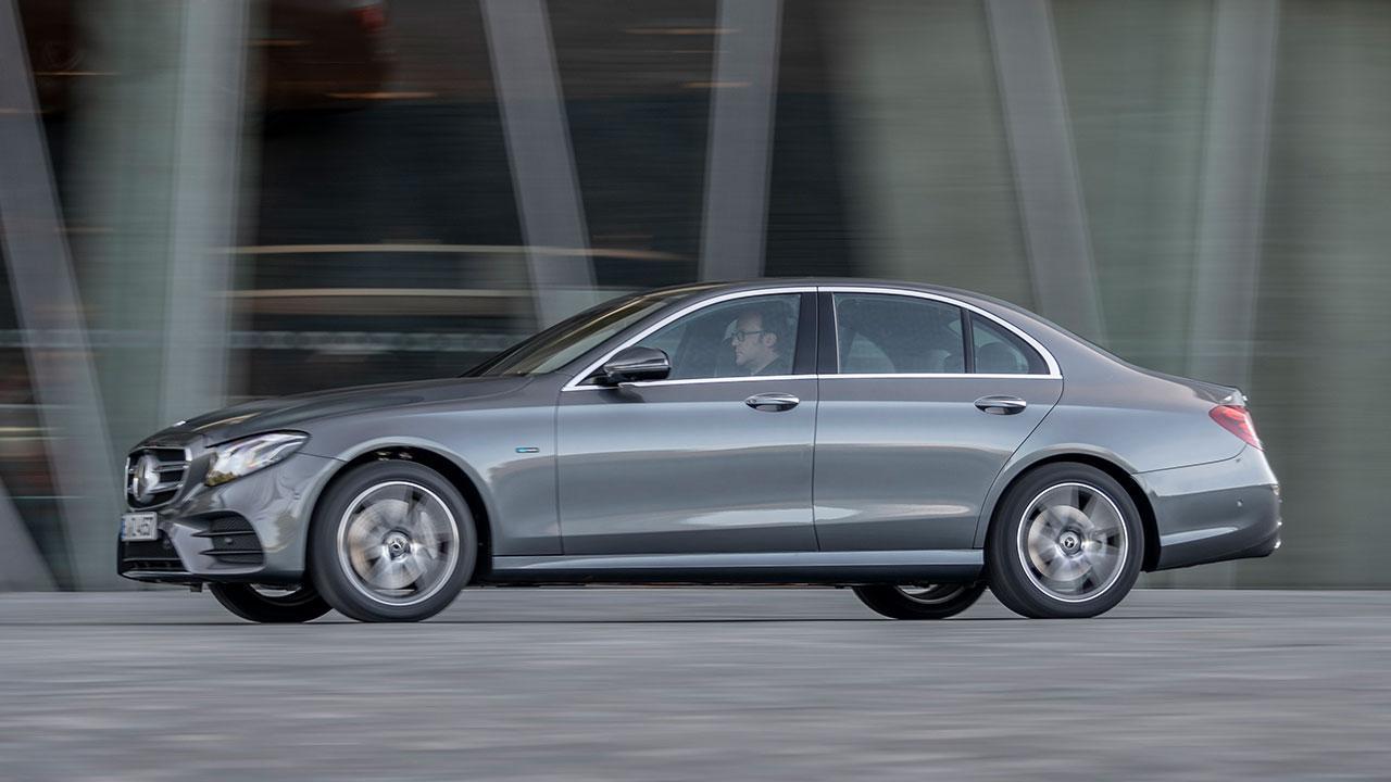 Mercedes-Benz E-Klasse Limousine - Seitenansicht