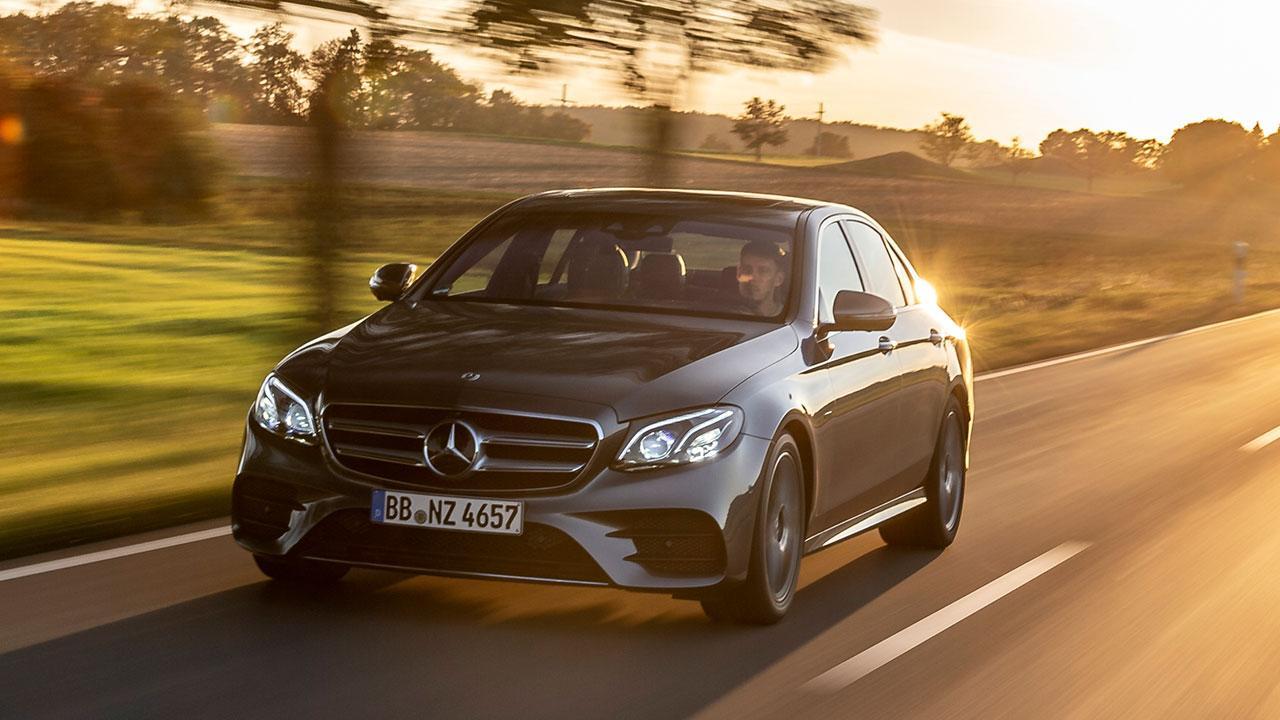 Mercedes-Benz E-Klasse Limousine - in voller Fahrt