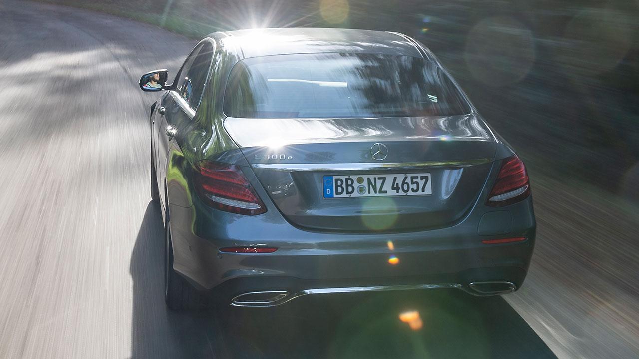 Mercedes-Benz E-Klasse Limousine - Heckansicht