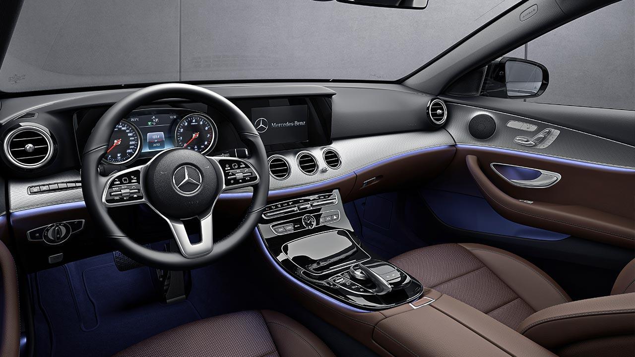 Mercedes-Benz E-Klasse Limousine - Cockpit
