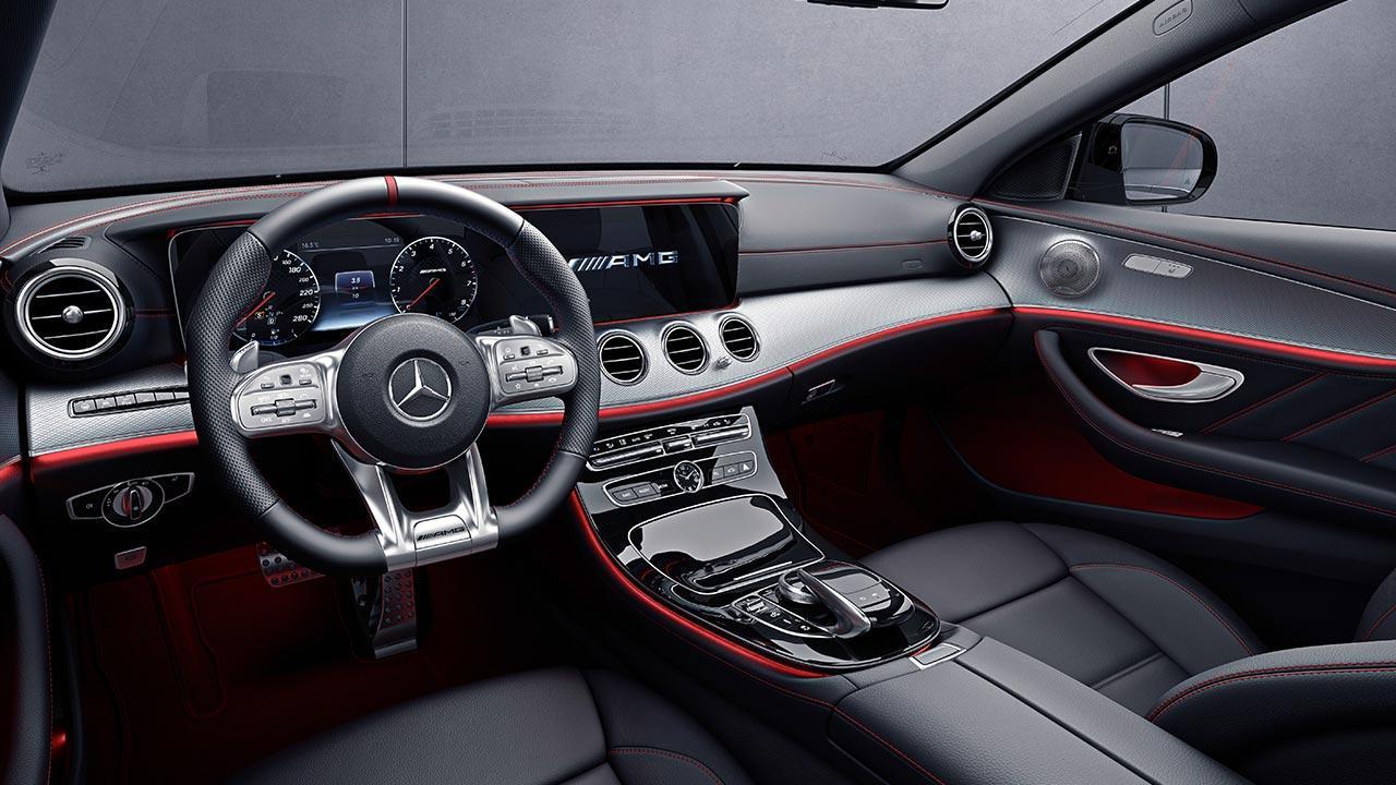 Mercedes-AMG E 53 4MATIC+ Limousine - Cockpit