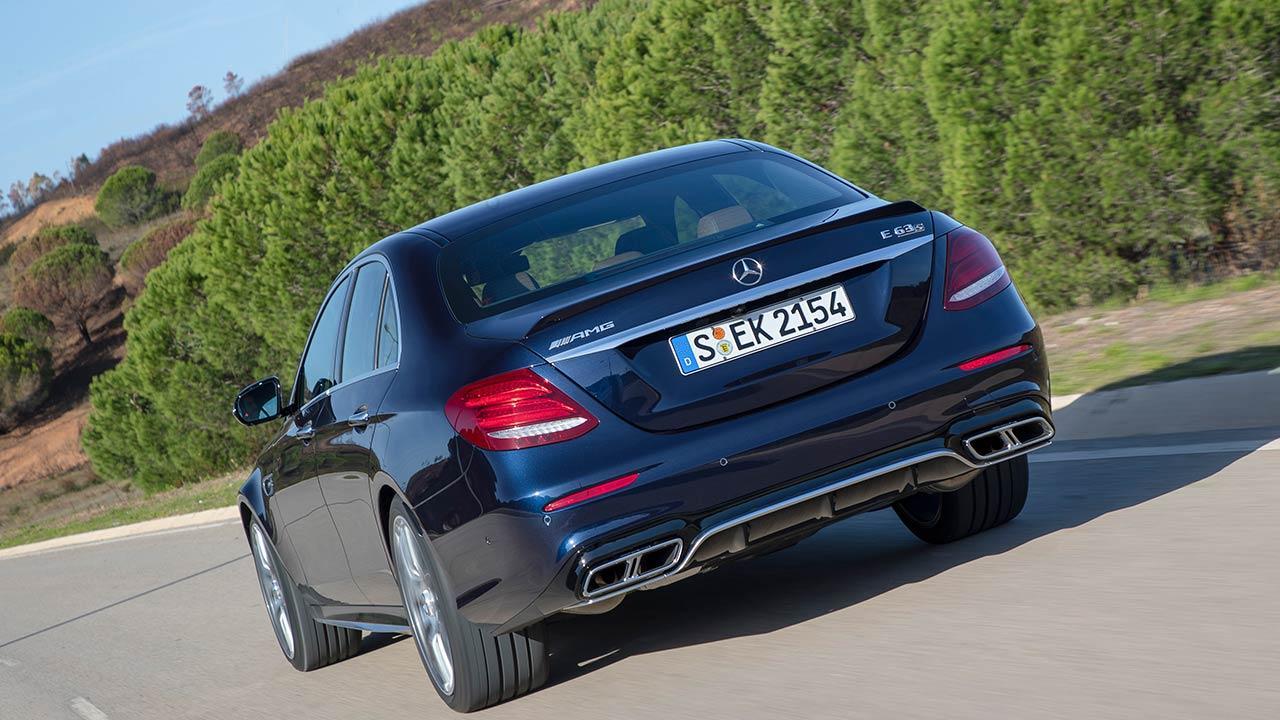Mercedes-AMG E 63 4MATIC+ Limousine - Heckansicht