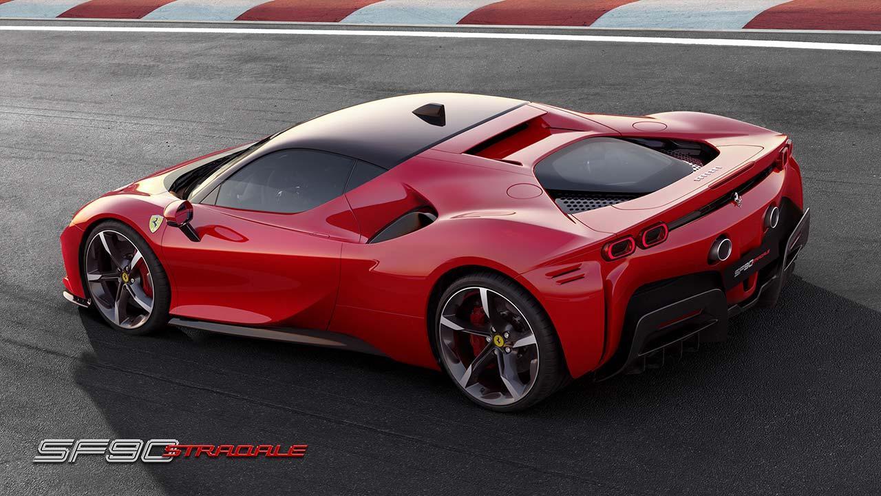 Ferrari SF90 Stradale - auf der Rennstrecke