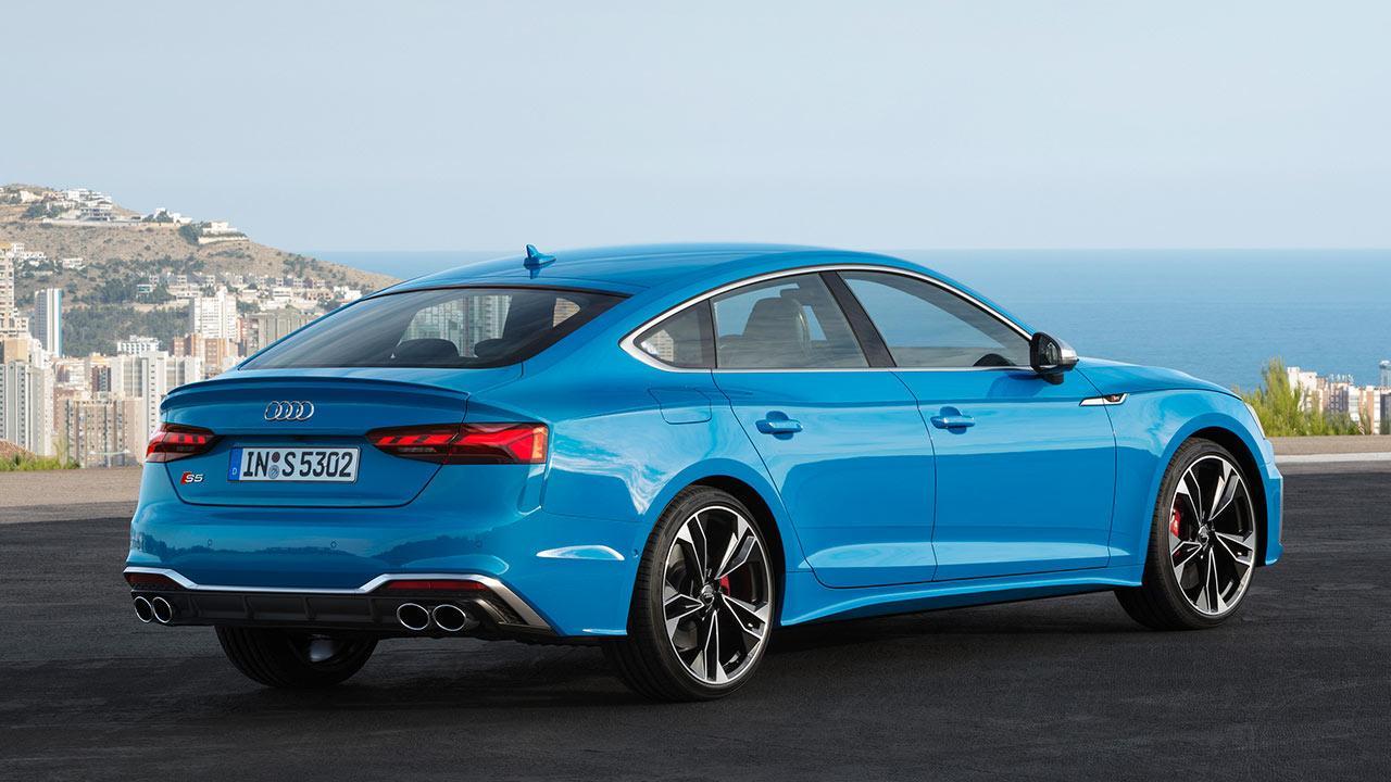Audi S5 Sportback - seitliche Heckansicht