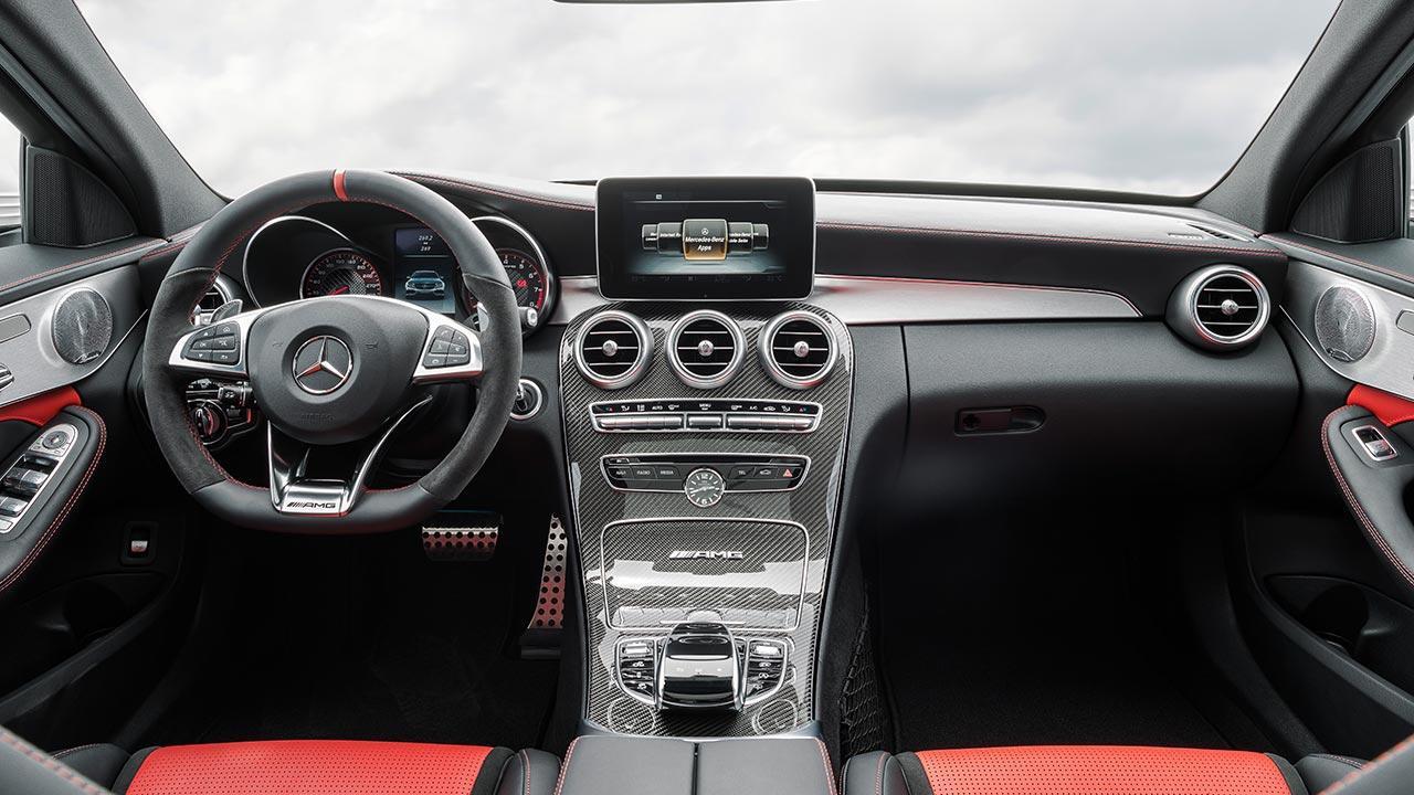 Mercedes-AMG C 63 Limousine - Cockpit